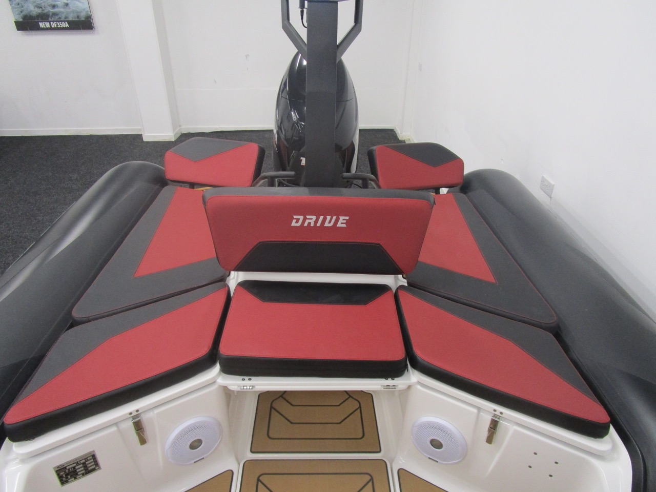 GRAND DRIVE D600 RIB rear sundeck only