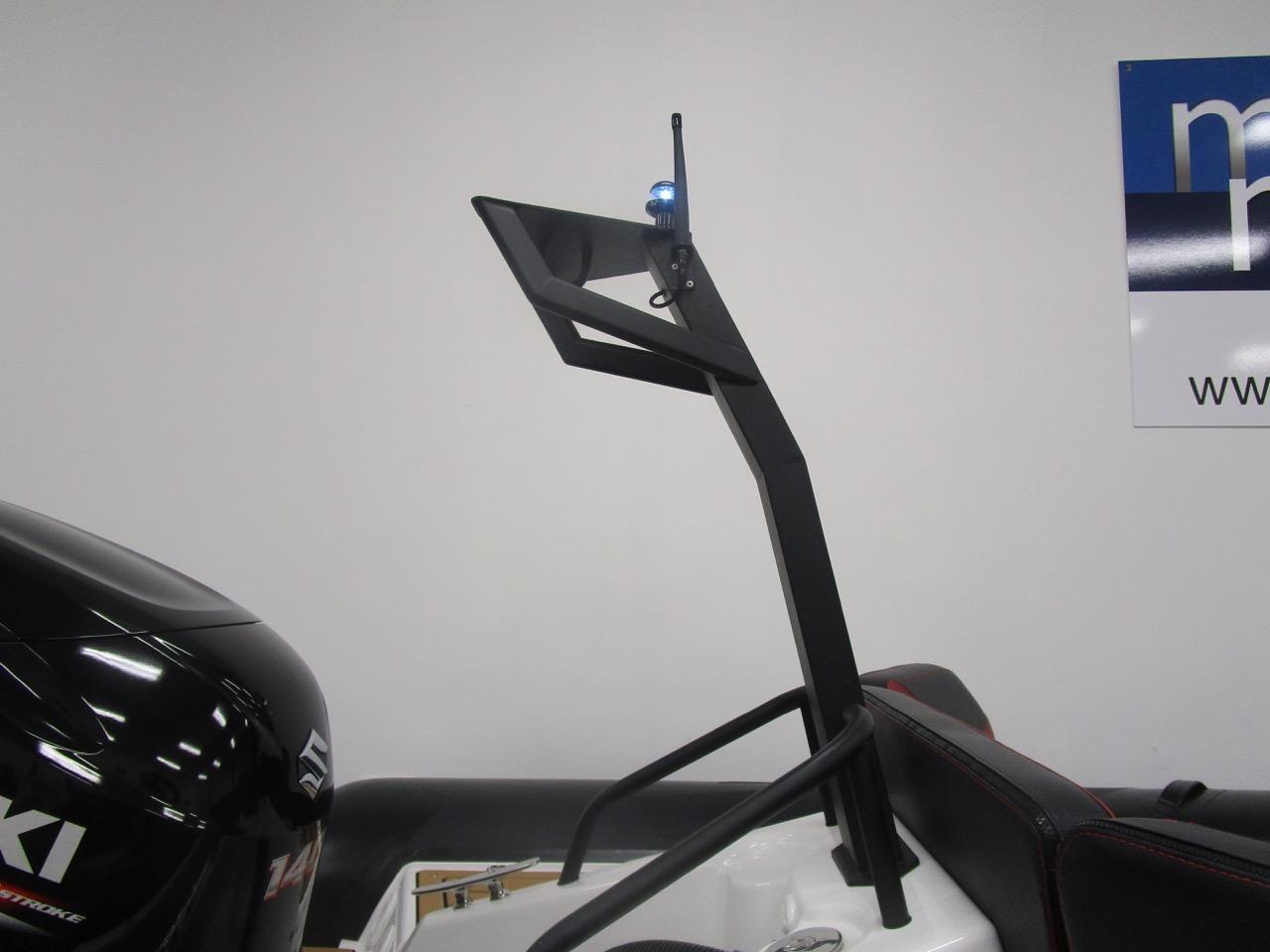 GRAND DRIVE D600 RIB ski tower and lights