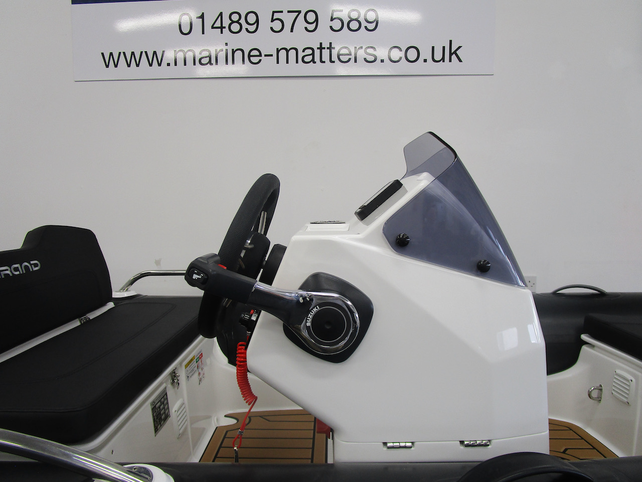 G340N Helm seat and console