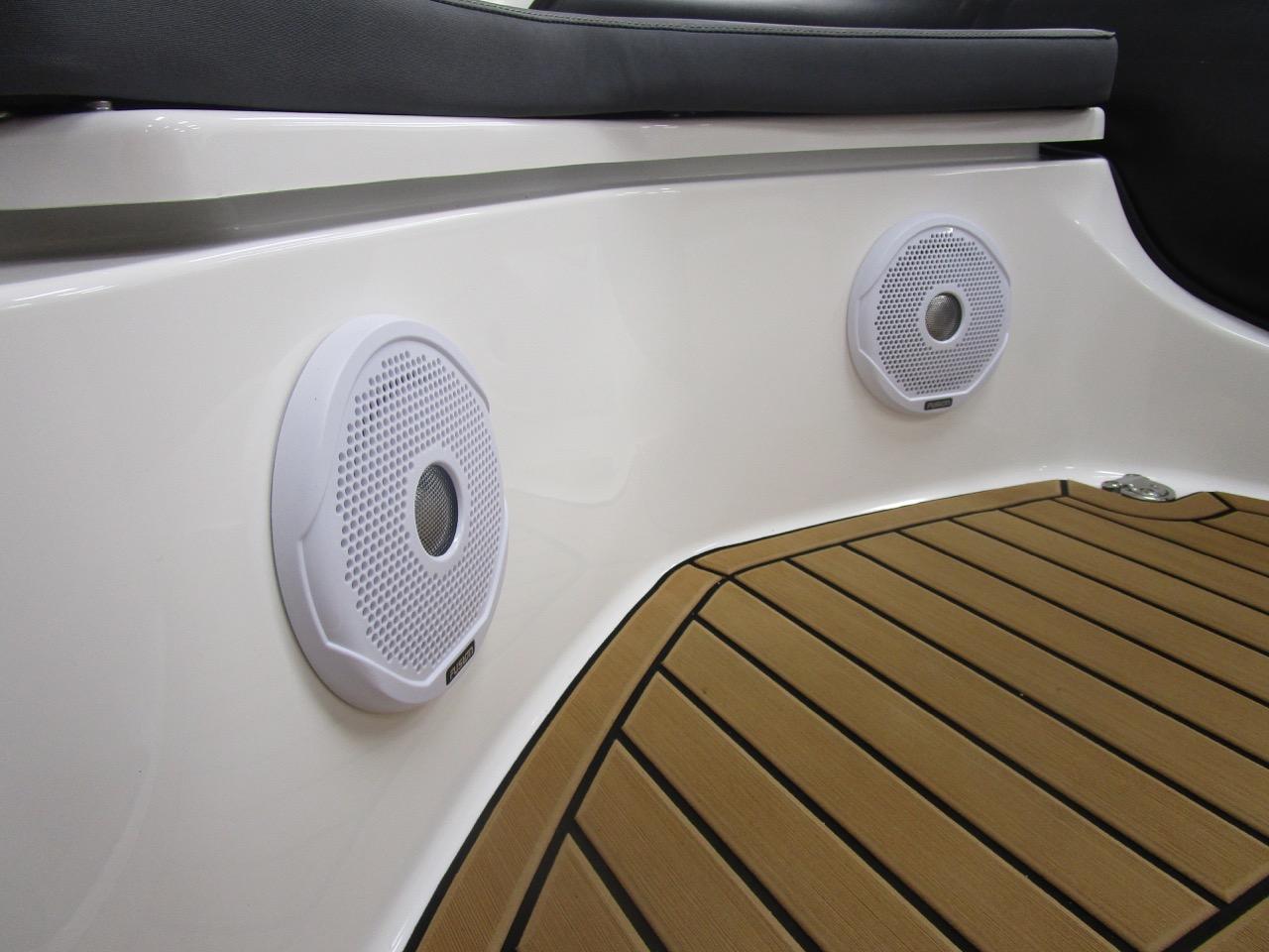 GRAND G500 RIB forward Speakers