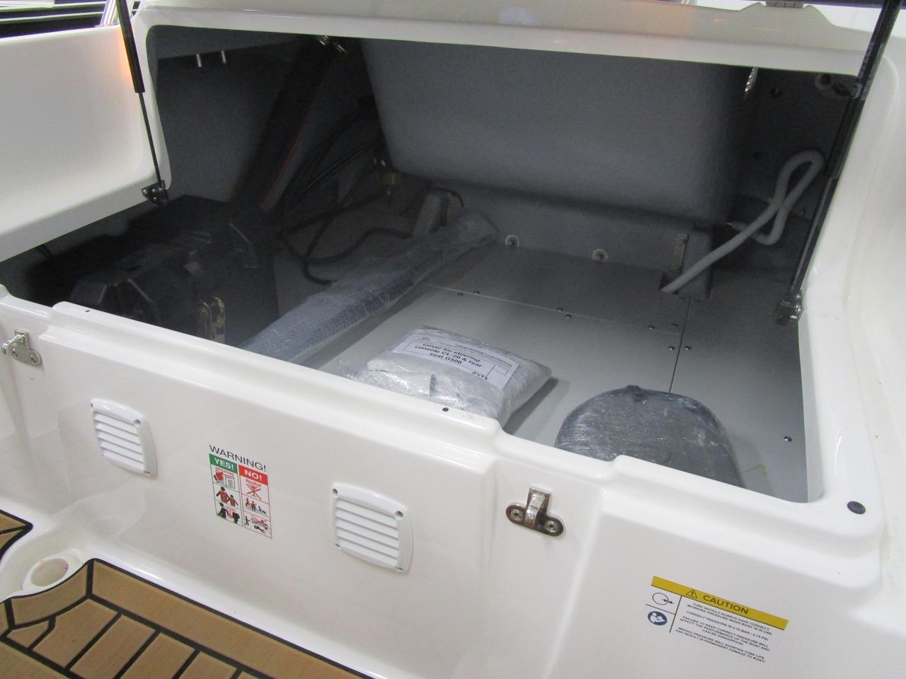 GRAND G500 RIB under seat storage