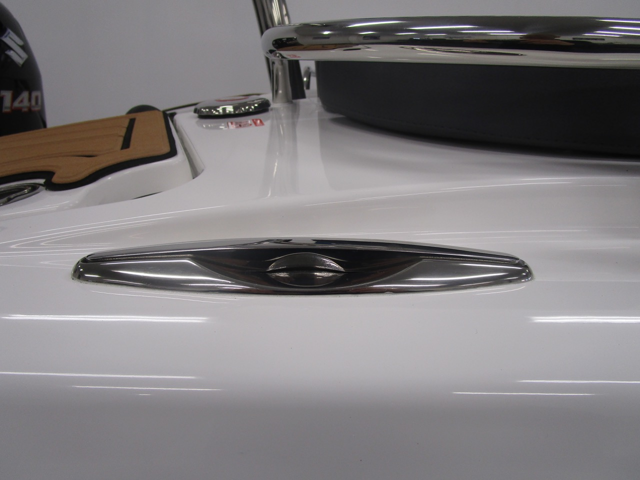 GRAND Golden Line G580 RIB rear cleat down