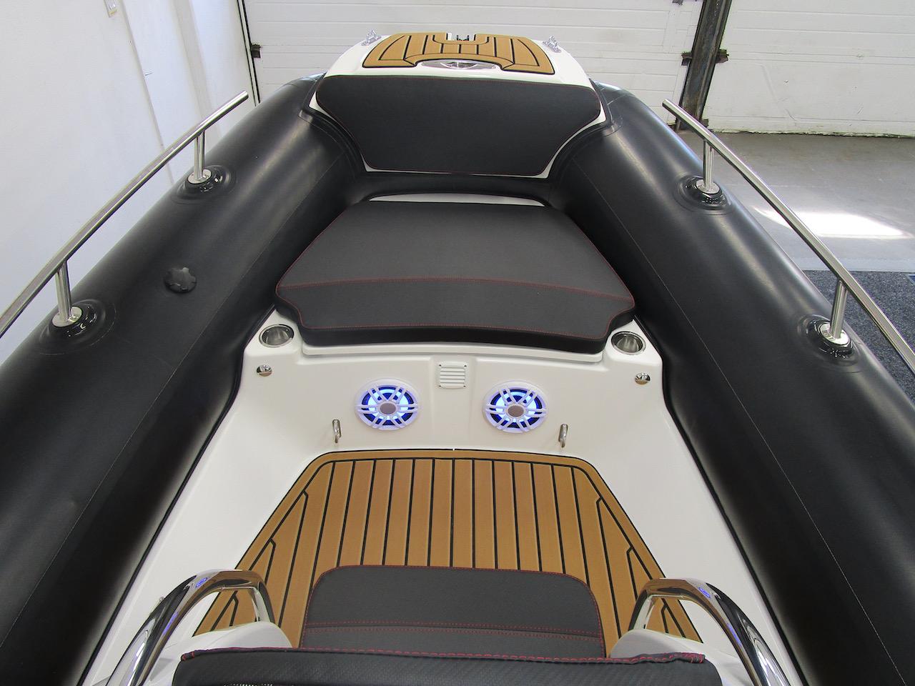 Grand RIB Golden Line G650 anchor locker cushion fitted