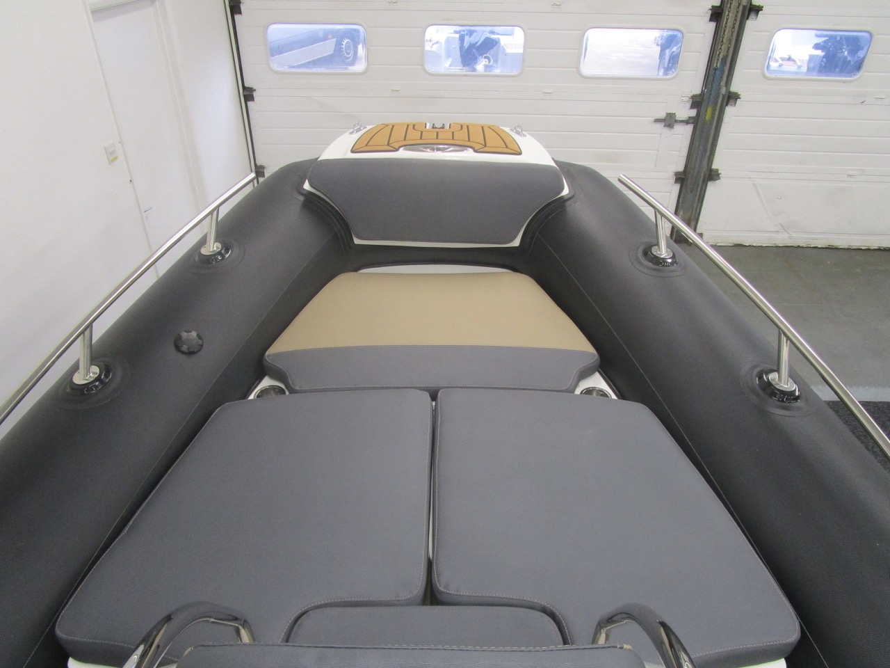 Grand RIB Golden Line G650 complete sundeck with cushions fitted