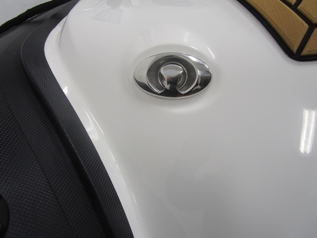 Grand RIB Golden Line G650 one of two waterski towing eyes