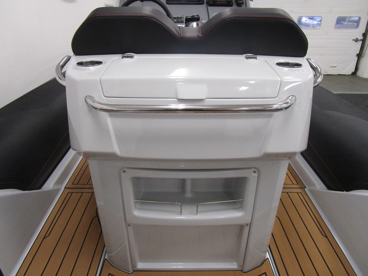 GRAND G750 RIB helm seat back