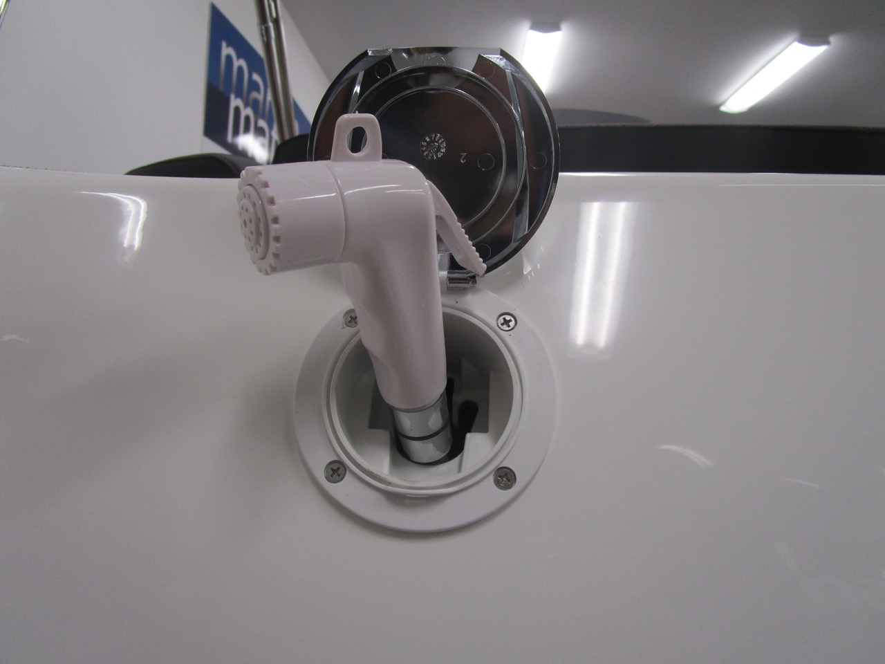 GRAND G850 RIB transom shower head