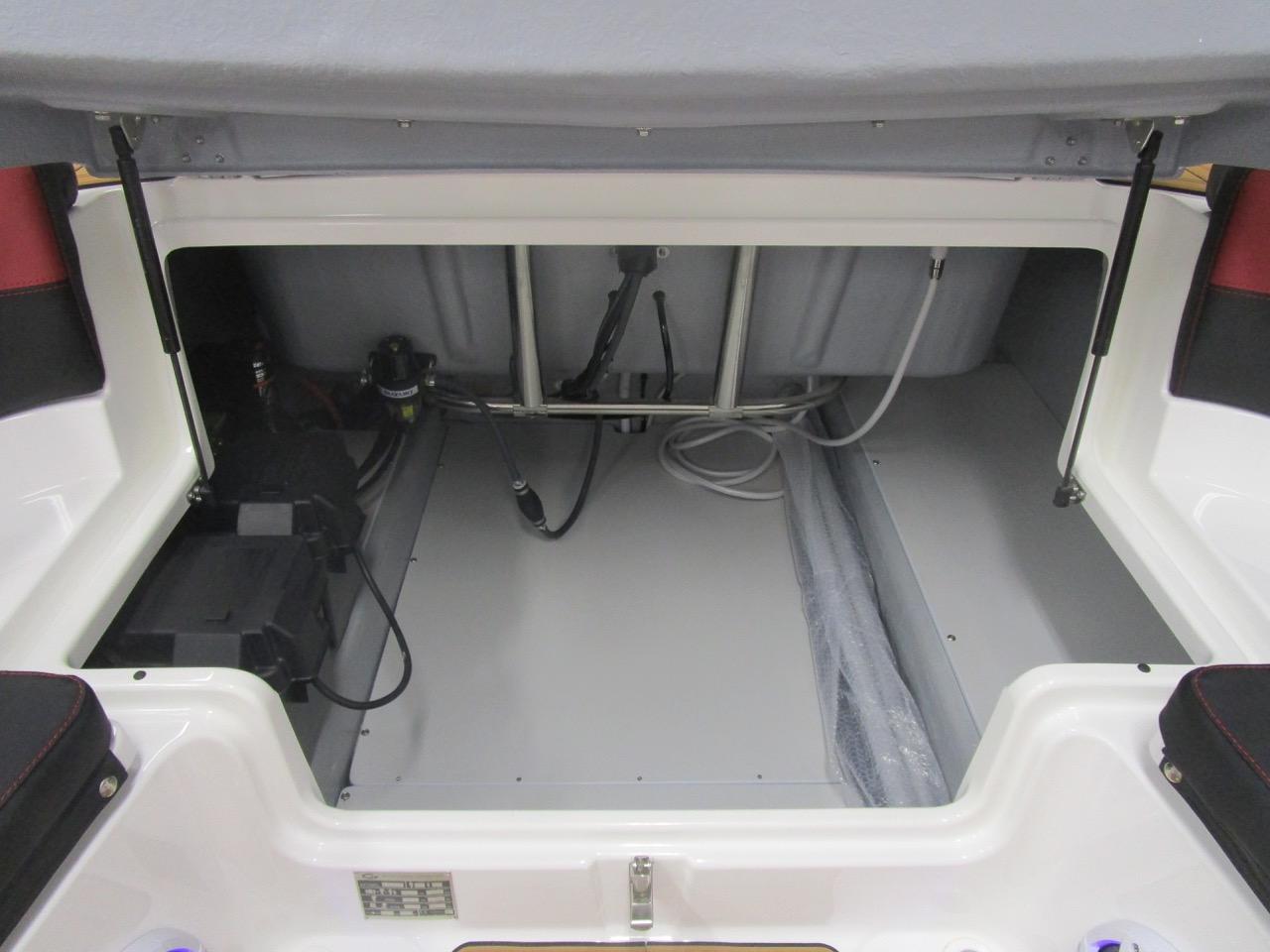 GRAND G850 RIB massive storage space under rear seat