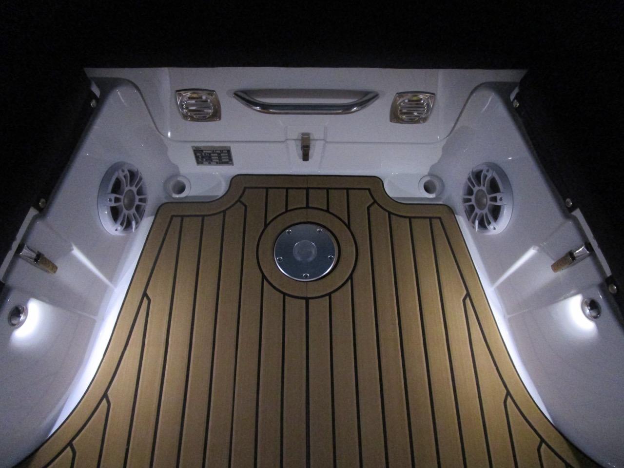 GRAND G850 RIB LED deck lights, stern