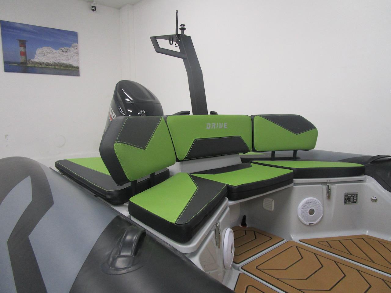 GRAND DRIVE D600 RIB rear seat infill