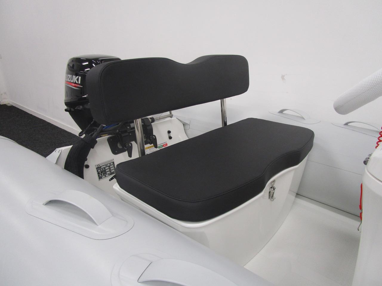 GRAND S300 RIB helm seat for two adults