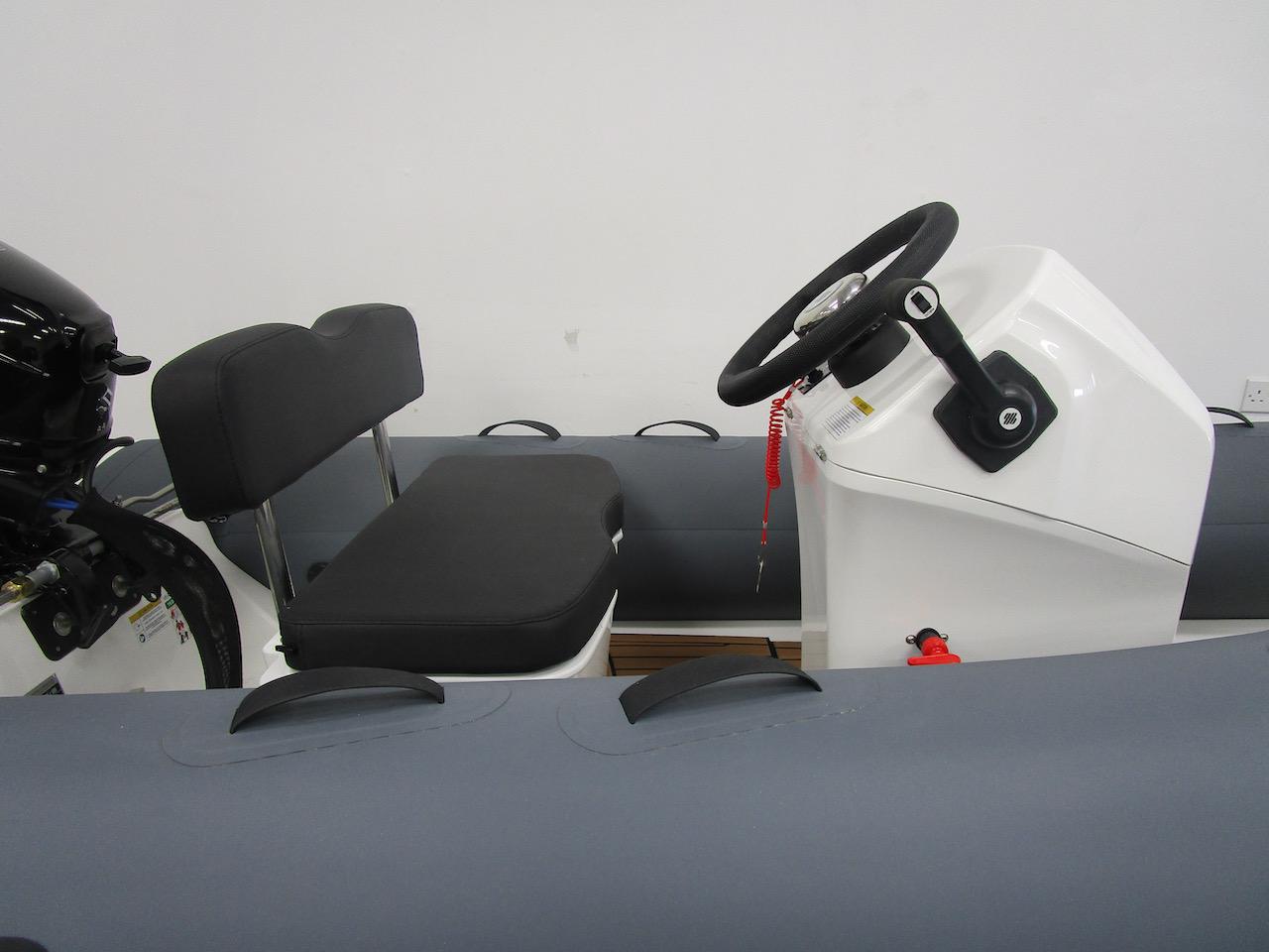 GRAND S330 RIB tender helm seat