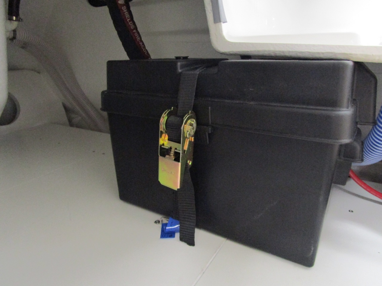 E780 - Ratchet strap battery security - ready for anything!