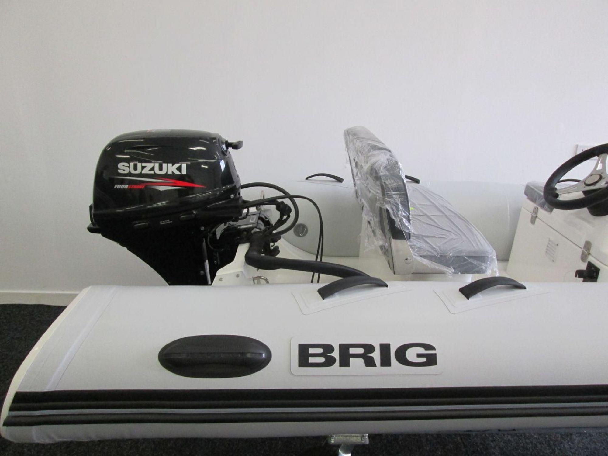 BRIG F330 helm seat