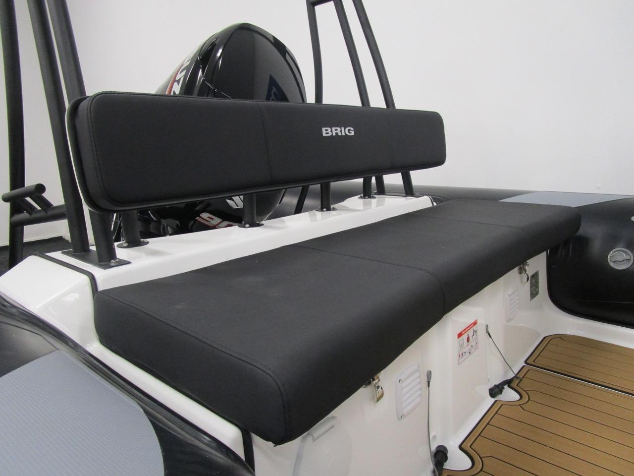 N570 rear seat