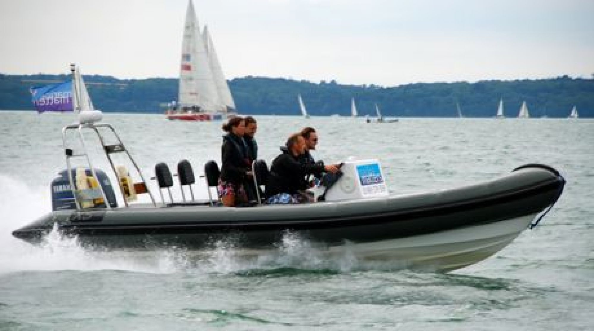 RYA Advanced Powerboat Instructor candidates teaching high speed turns